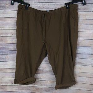 Essentials Brown desstresed Capri Plus Size 30/32
